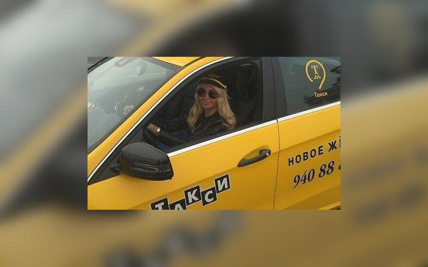 Рудковская, Билан, Ревва и Валерия стали таксистами