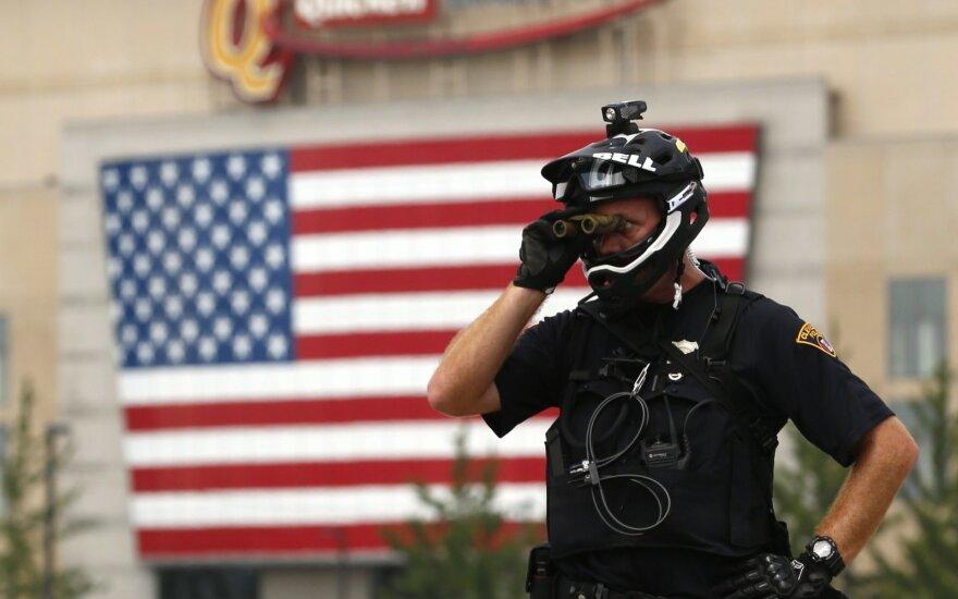 В США полицейские застрелили в 2017 году почти 1000 человек