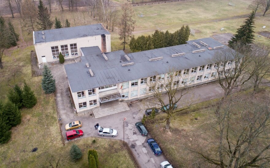 Директор школы рассказал о происходящем в Литве