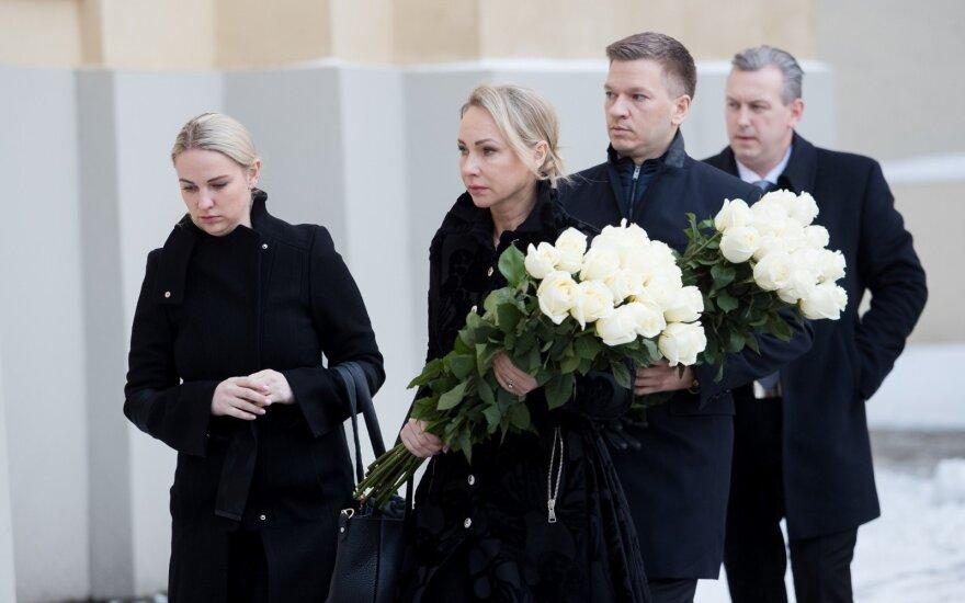 В Вильнюсе прощаются с покойным предпринимателем Саулюсом Каросасом