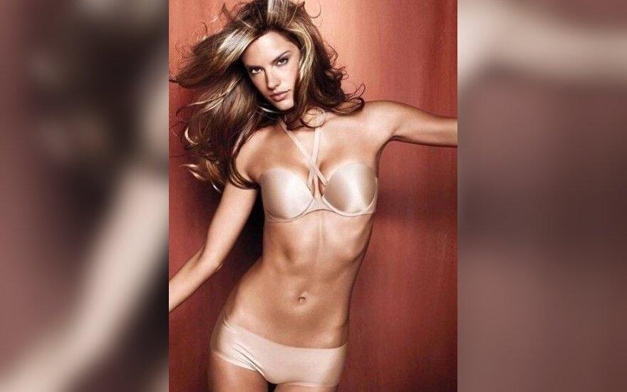 Ангел Victoria's Secret во всей красе