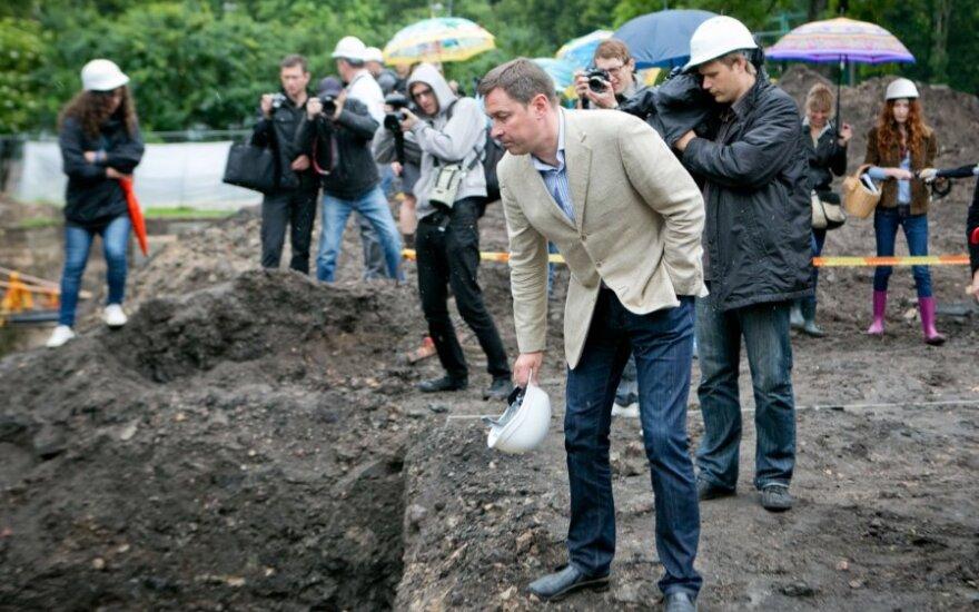 W zrekonstruowanym Ogrodzie Bernardyńskim nie będzie ekspozycji fragmentów średniowiecznego miasta