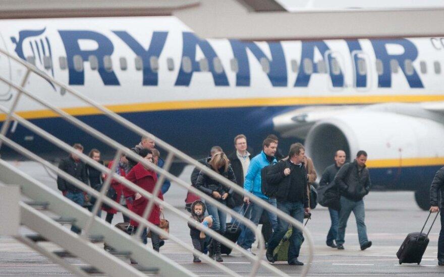 """""""Ryanair"""" zastanawia się nad lotami z Połągi"""