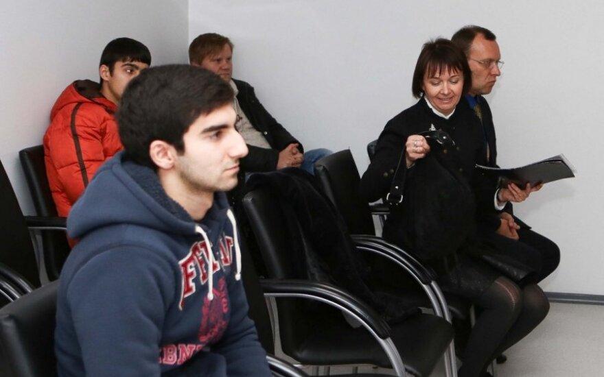 Получившая травмы у гостиницы Путейкене простила студента из Азербайджана