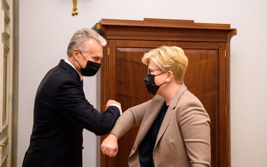 Ландсбергис - в главы МИД Литвы, Армонайте - минэкономики, Добровольска - минюста