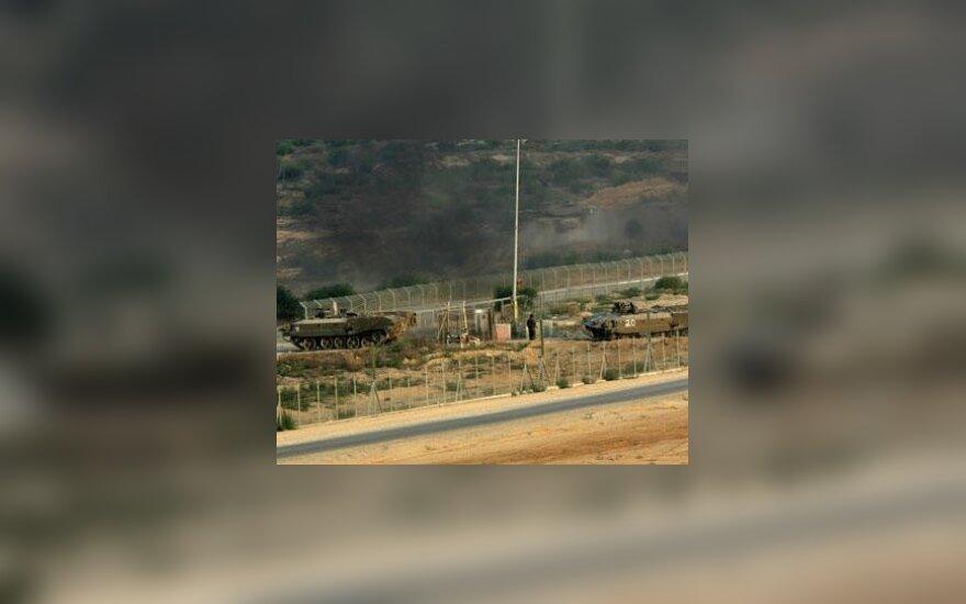 Израильские войска разделили сектор Газа надвое