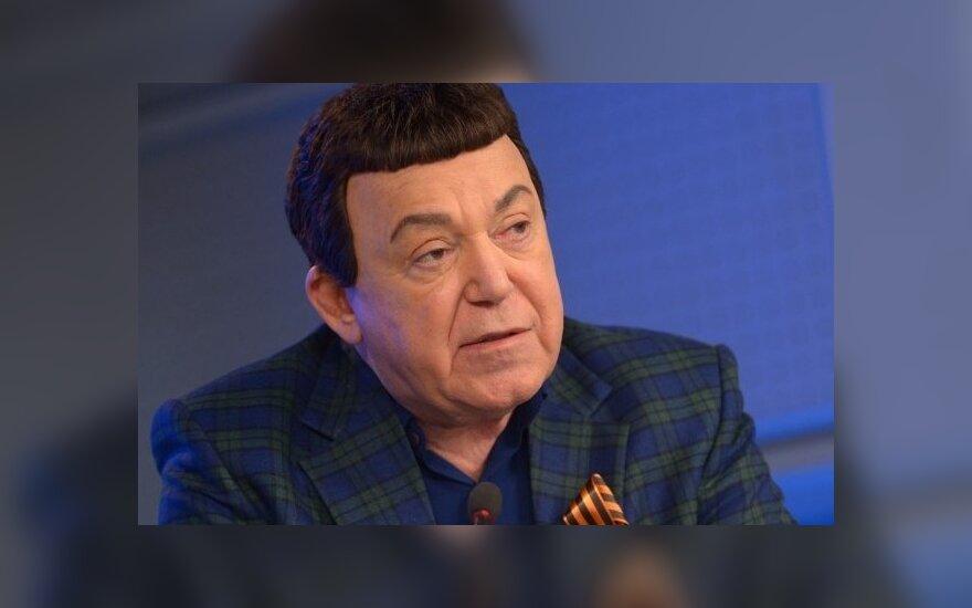 """Евросоюз посмертно исключил Иосифа Кобзона из """"черного списка"""""""