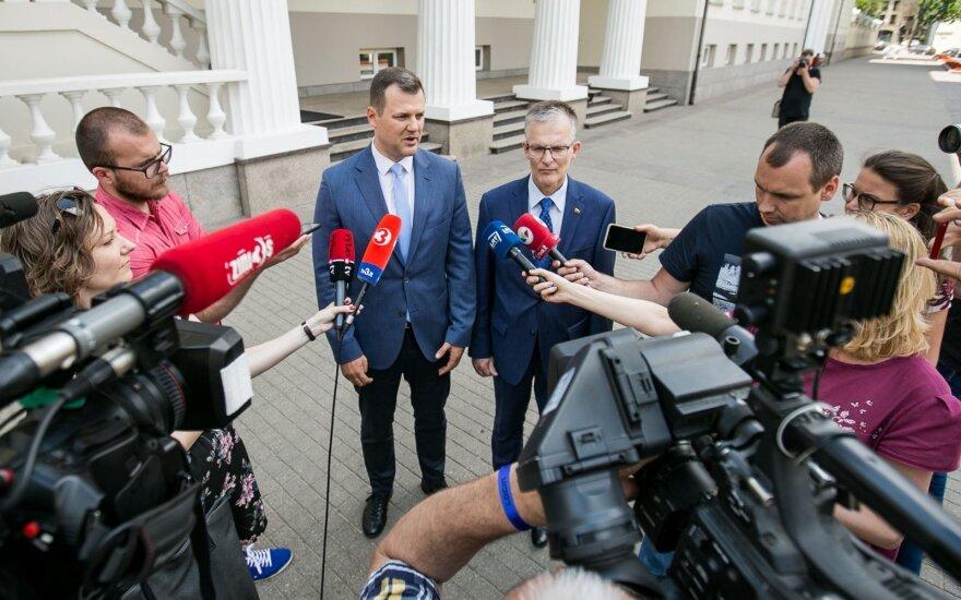 Социал-демократы обсудили с Науседой возможность досрочных выборов в Литве