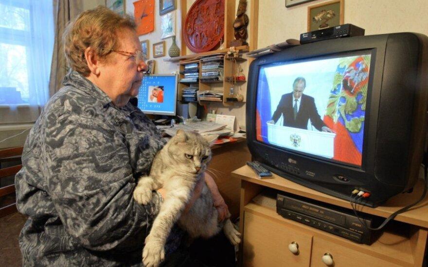 Трансляцию двух российских телеканалов могут остановить на год