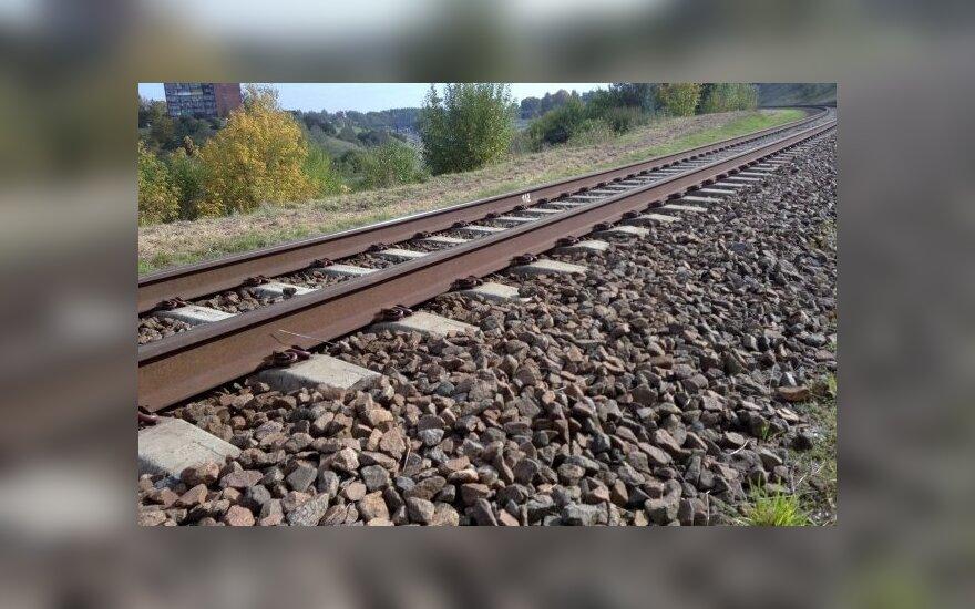 На железной дороге погиб молодой мужчина