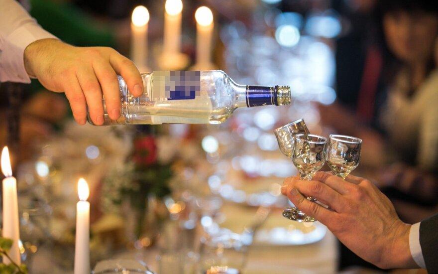 Как борьба с пьянством в странах Балтии породила алкотуризм