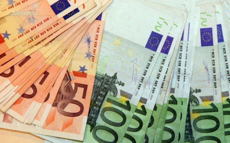 Padirbti pinigai. R.Lelecko nuotr.