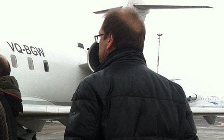 Viktoras Uspaskichas išskrenda į Maskvą