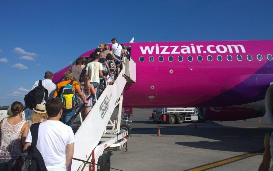 Правительство Литвы разрешило возобновить рейсы в Германию и Нидерланды