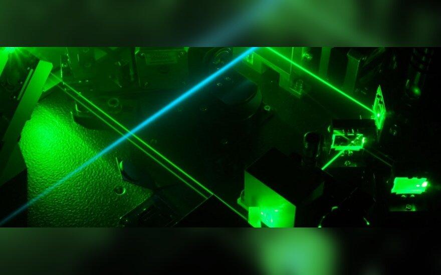 Boeing протестирует самоходный боевой лазер