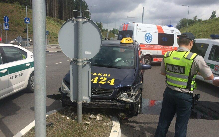 Taksi vairuotojo avarija