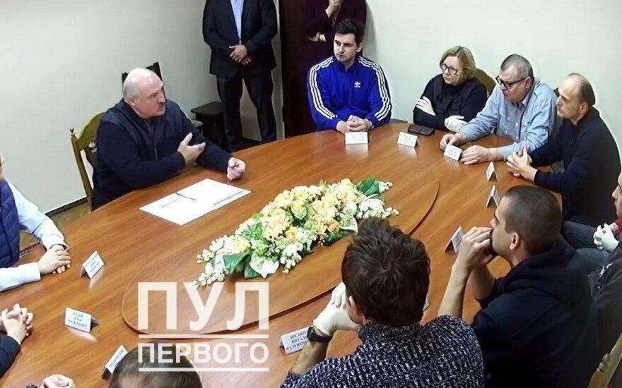 Aliaksandras Lukašenka KGB izoliatoriuje susitiko su sulaikytais opozicionieriais