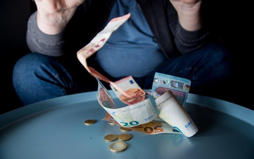 Какой должна быть зарплата для достойной жизни в Литве: у жителей разные ожидания