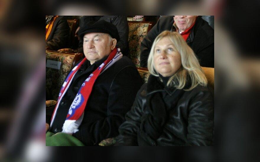 ТВ России показало очередной фильм про Лужкова и Батурину