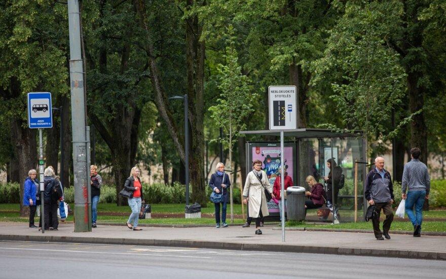 На вильнюсских остановках оборудуют до 90 новых павильонов