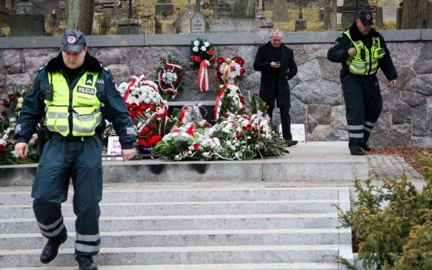 Kamiński: Monitoring przy mauzoleum Marszałka już wkrótce