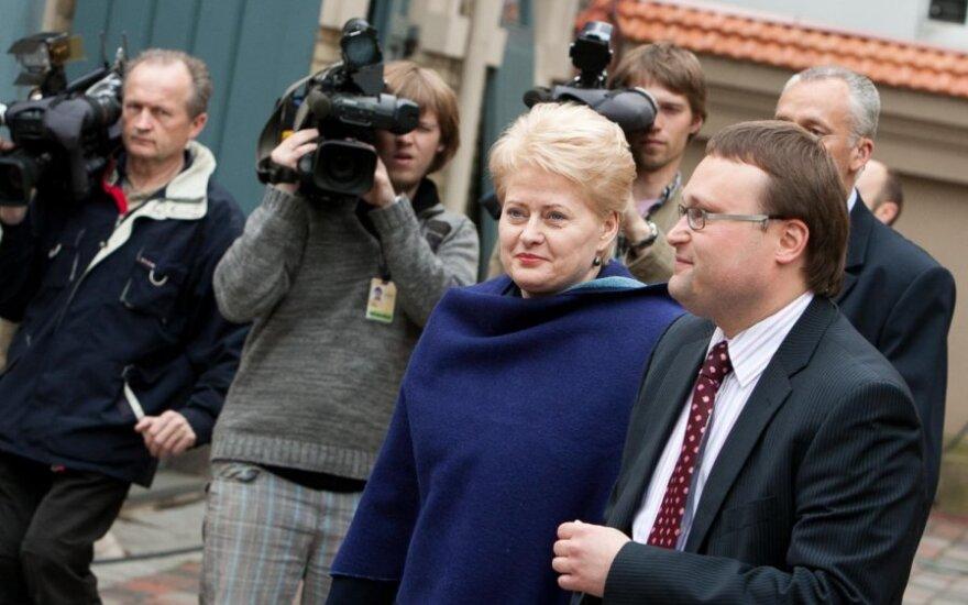 Президент Литвы отправится в Украину и встретится с Тимошенко