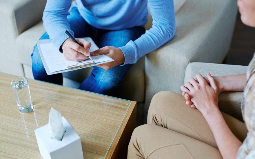 Для смягчения последствий пандемии дополнительно трудоустроят 200 психологов