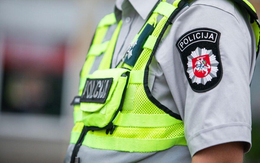 Заведующий отдела общественной безопасности мэрии Каунасского района ножом ранил водителя