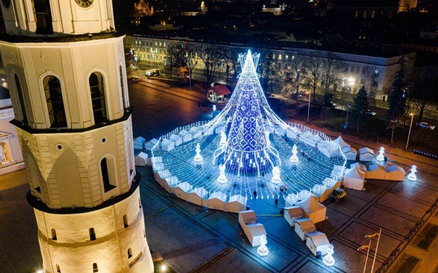 """""""Самая красивая"""": рождественская елка Вильнюса обогнала все европейские столицы"""