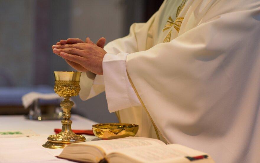 Kunigas gali tapti tikru dvasiniu vadovu.