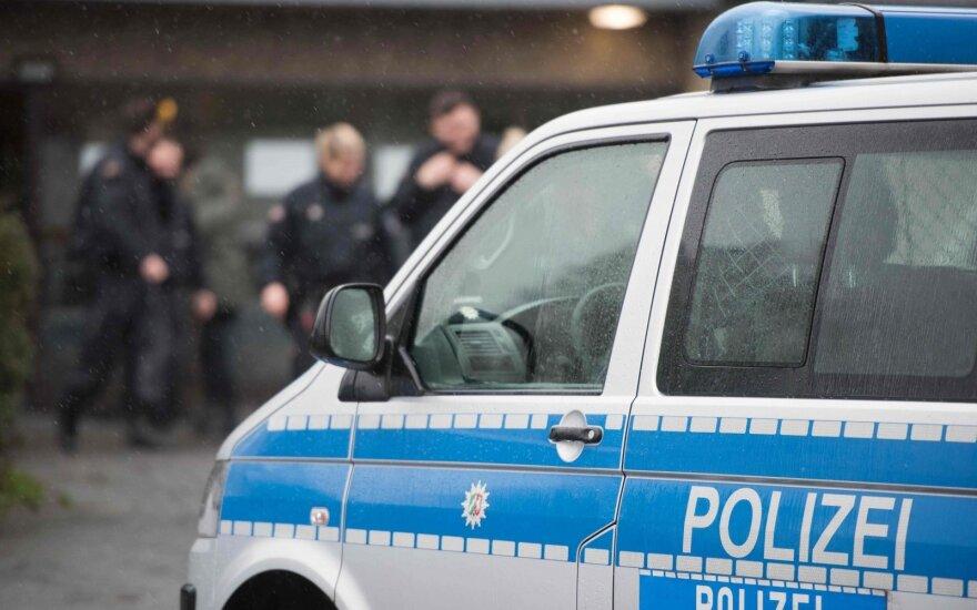 Немецкие власти расценивают наезды автомобилиста на пешеходов в новогоднюю ночь как теракт