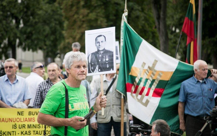 Защитники Норейки и Шкирпы провели митинг в Вильнюсе