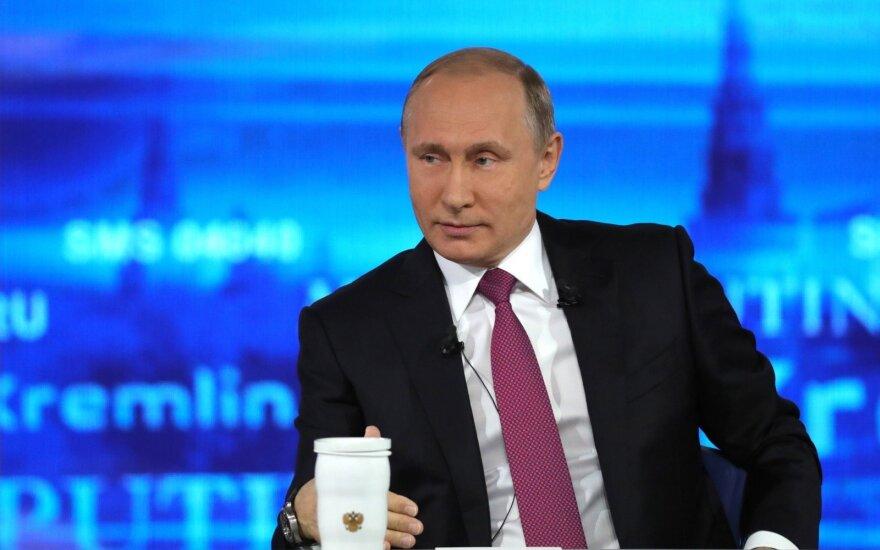 """""""Неудобные"""" вопросы Путину во время прямой линии не были неожиданностью"""