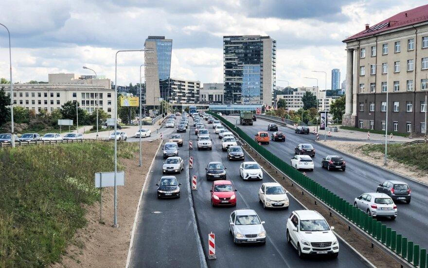 В Вильнюсе над ул. Гележинё Вилко хотят построить 16-этажный бизнес-центр