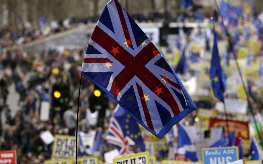 В Лондоне говорят о внеочередных парламентских выборах