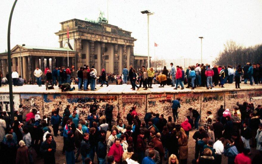 Со дня падения Берлинской стены прошло 30 лет