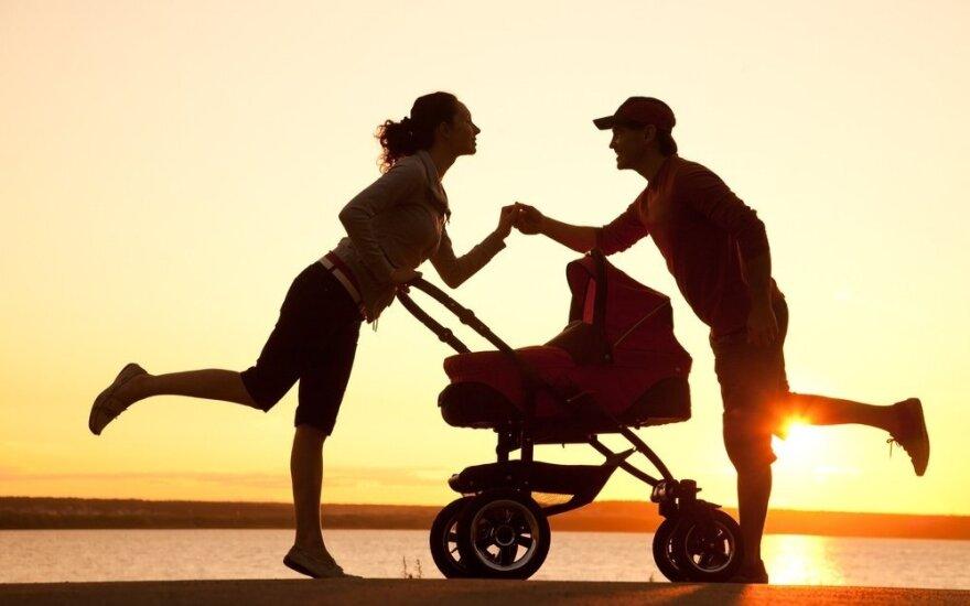 Polki i Litwinki - jedne z najmłodszych matek w UE