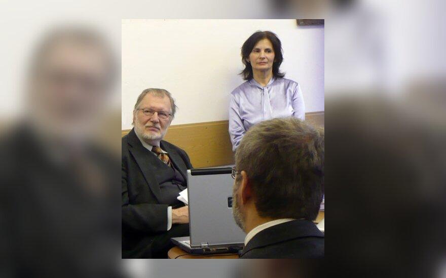 Руководитель Центра балтистики О.Синёва и атташе по культуре Посольства Литвы в России Ю.Будрайтис