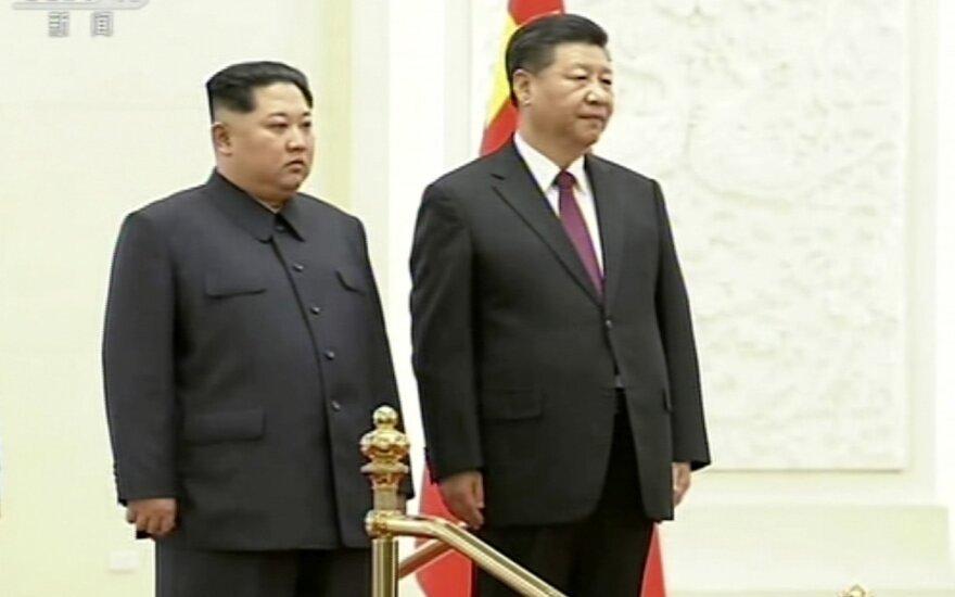 """Лидеры двух Корей договорились о """"регулярных"""" встречах"""
