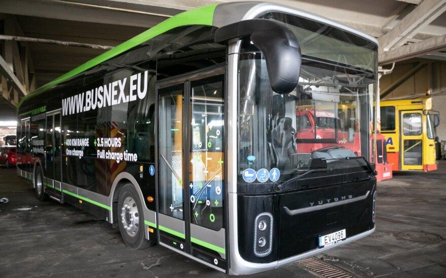 В Вильнюсском аэропорту – первый электроавтобус
