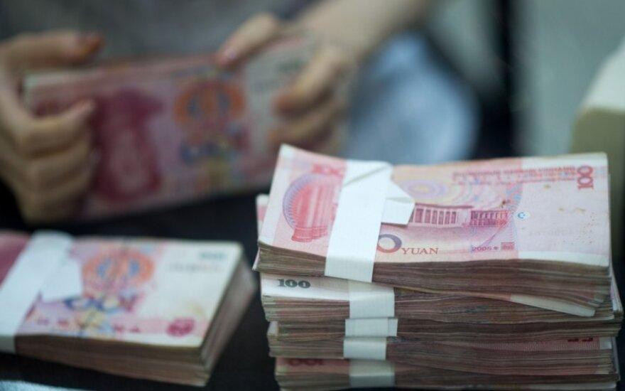 Девальвация юаня провоцирует падение фондовых рынков