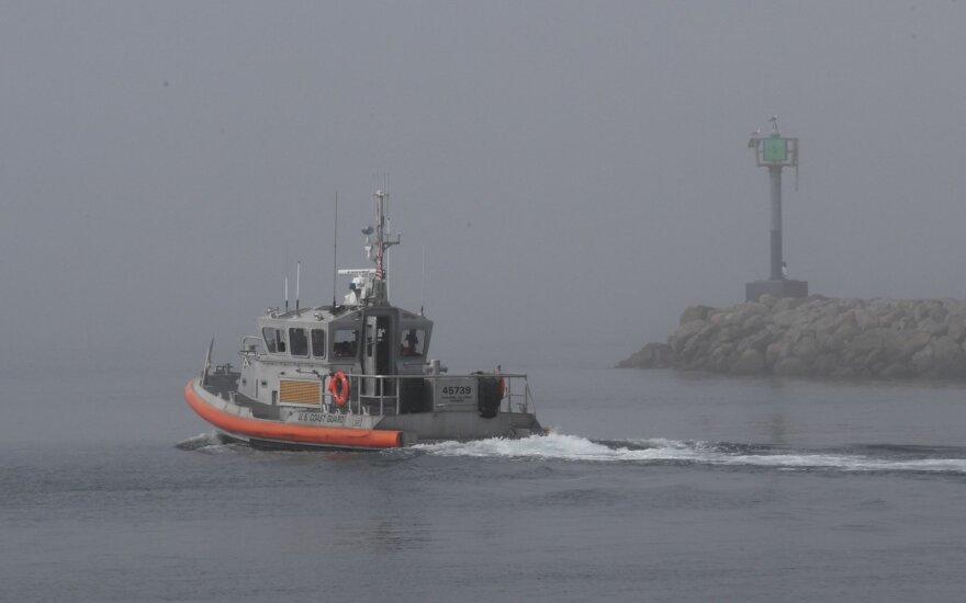 Prie Kalifornijos užsidegus ir nuskendus nardytojų laivui žuvo 8, dingo dar 26 žmonės