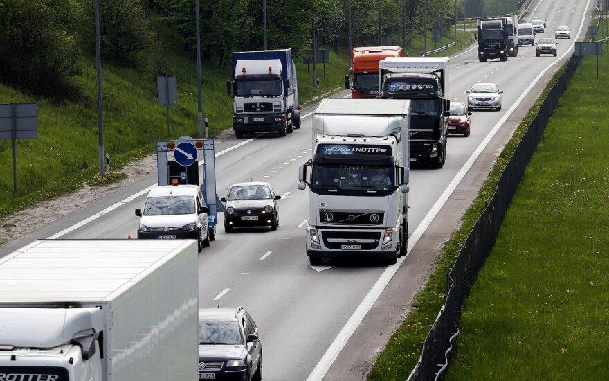 "Magistralinis kelias Vilnius - Klaipėda ties ""Mega"""