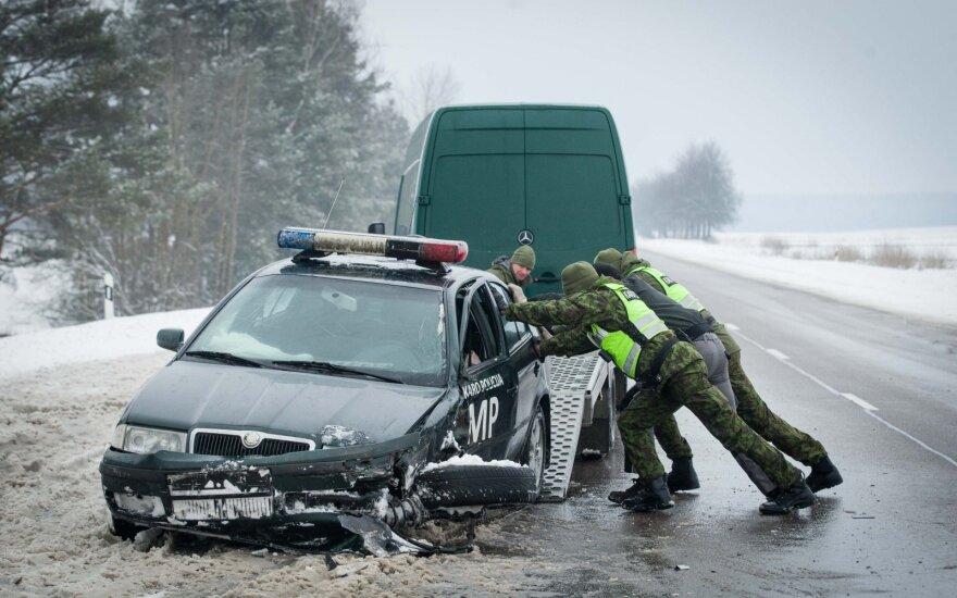 На скользкой дороге в ДТП попали сотрудники Военной полиции