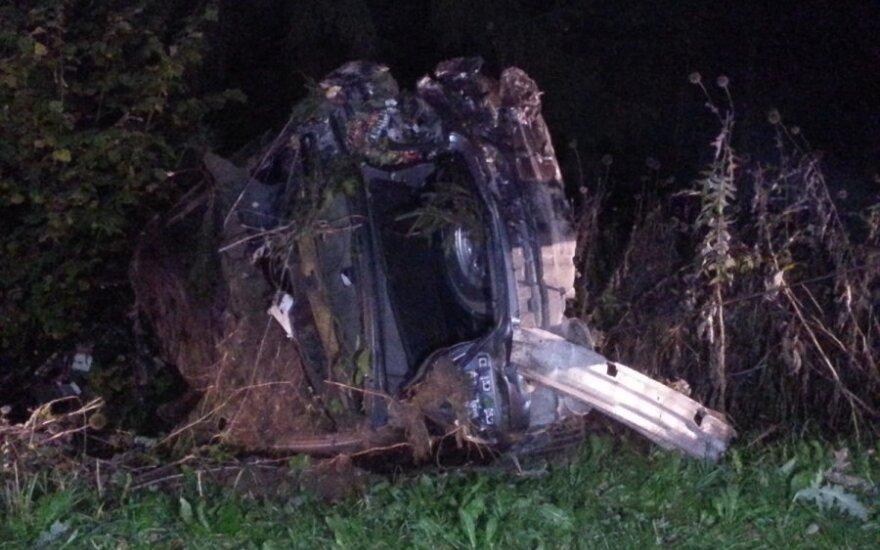 В Паневежском районе произошло ДТП: женщина в коме, пассажир погиб