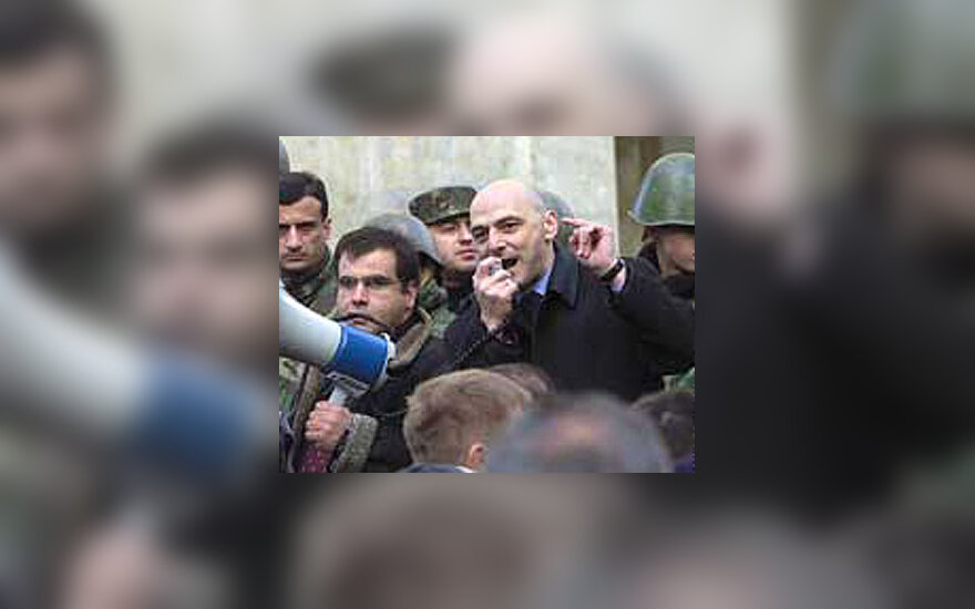Gruzijos opozicija užėmė parlamentą