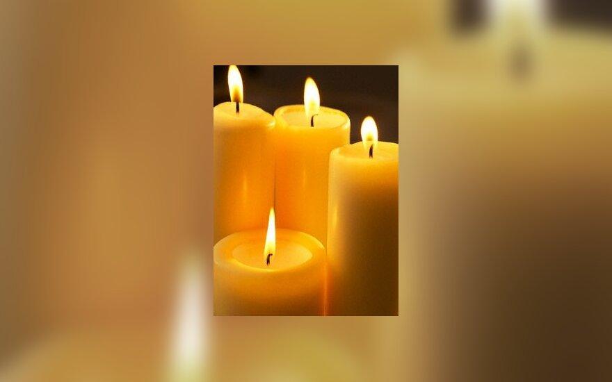 В пламени свечи обнаружены алмазы