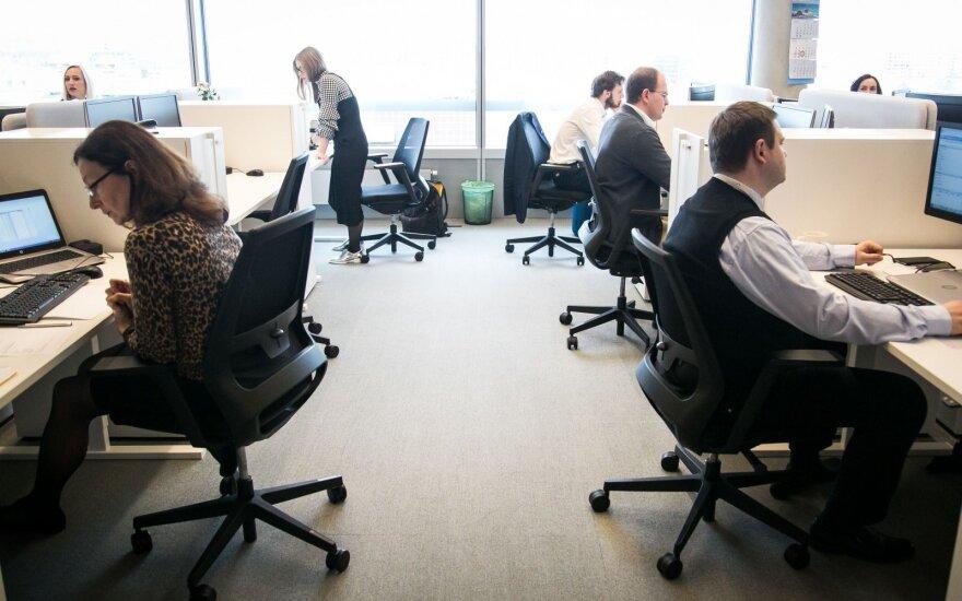 Центры услуг в прошлом году создали в Литве 2000 новых рабочих мест