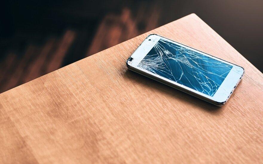 В Литве будут платить деньги за старые телефоны