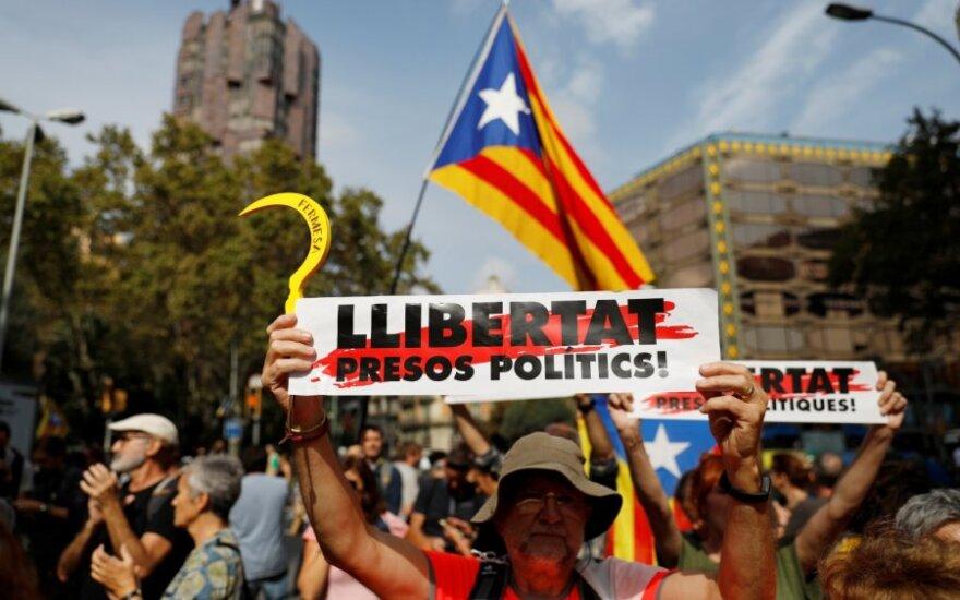 Per Katalonijos protestus sulaikytas 51 žmogus